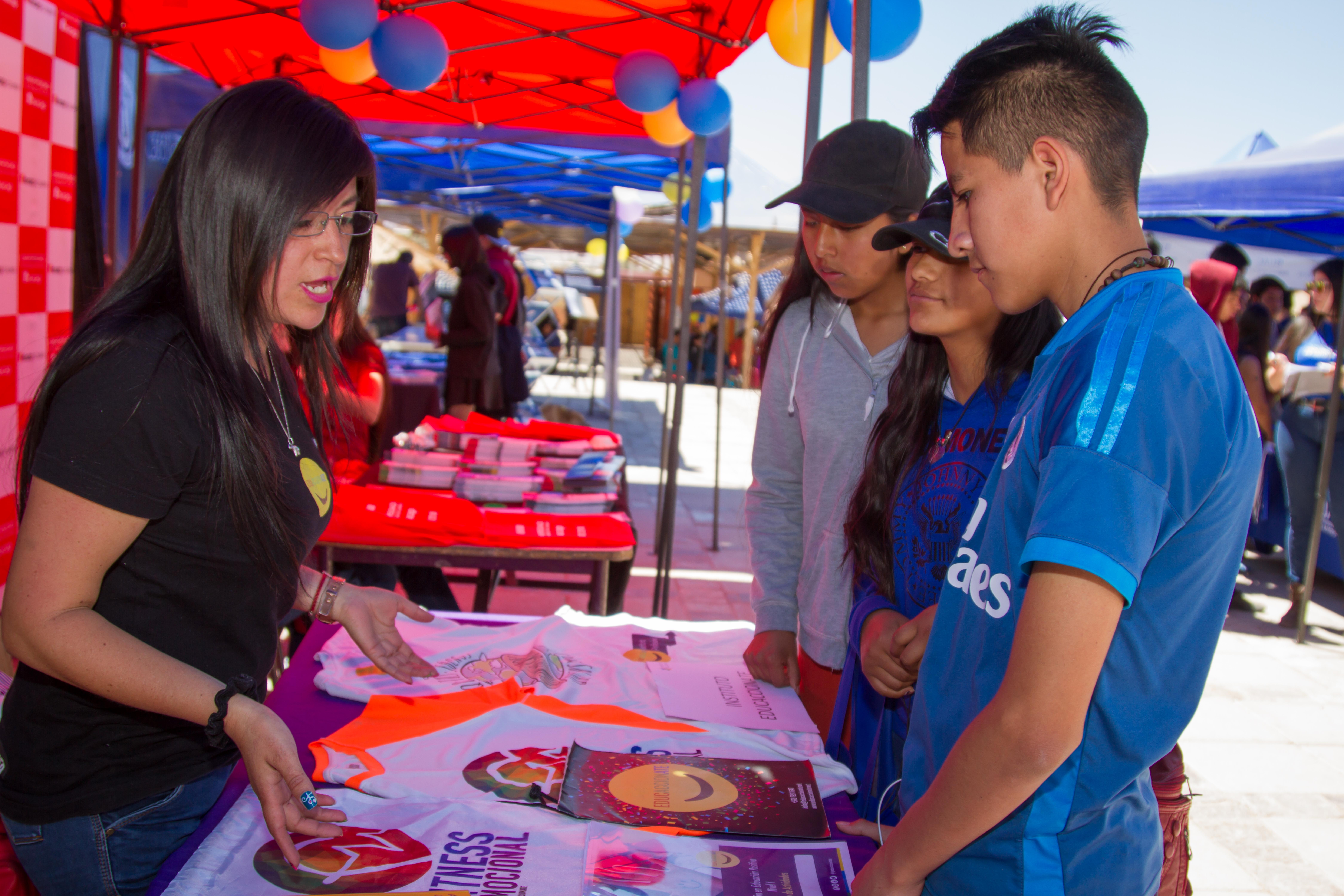 San Pedro de Atacama recibió la Feria Vocacional ''Ckunza Taipu'' Nuestro Mañana